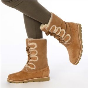 ugg rommy lace up boot